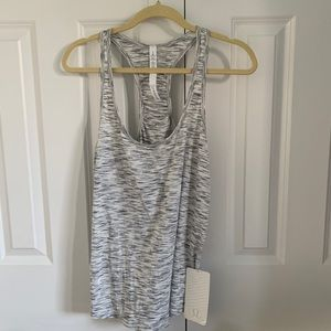 Lululemon Our Sport Tank Size 8 NWT